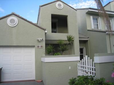 Hypoluxo Single Family Home For Sale: 51 Lakeshore Drive