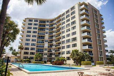 West Palm Beach Condo For Sale: 2800 Flagler Drive #214