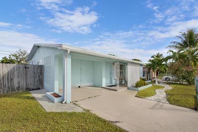 Lantana Single Family Home Contingent: 1307 Flamingo Drive