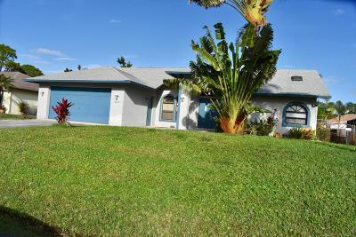 Port Saint Lucie Single Family Home For Sale: 2049 SW Trenton Lane