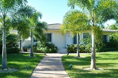 Broward County Single Family Home For Sale: 2401 Bay Drive