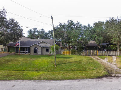 Port Saint Lucie Single Family Home For Sale: 1533 SW Fortune Road