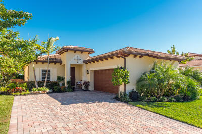 Jupiter Single Family Home For Sale: 151 Rudder Cay Way