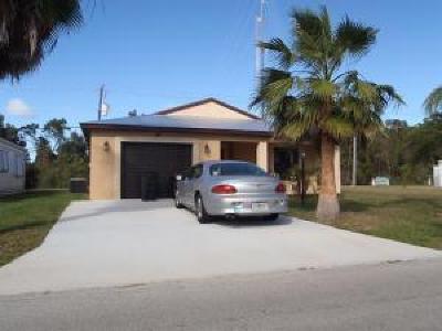 Port Saint Lucie Single Family Home For Sale: 8 Golf Drive