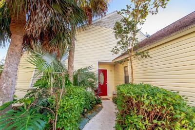 Boynton Beach Single Family Home For Sale: 87 Cedar Lane