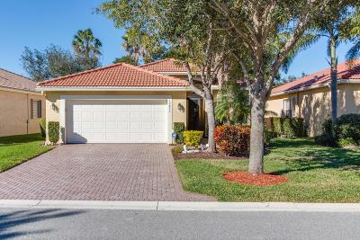 Boynton Beach Single Family Home For Sale: 10825 Deer Park Lane