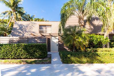 Palm Beach Gardens Townhouse For Sale: 114 1st Terrace