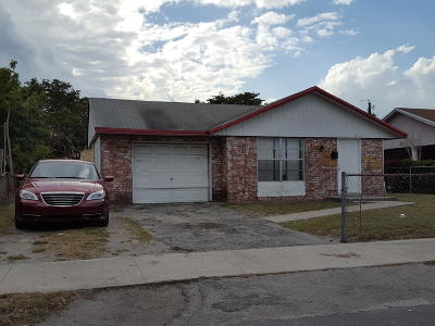 Pompano Beach Single Family Home Contingent: 871 NW 5th Avenue
