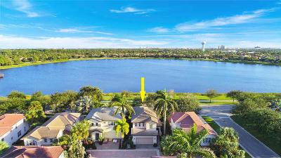 Palm Beach Gardens Single Family Home Contingent: 546 Tomahawk Court