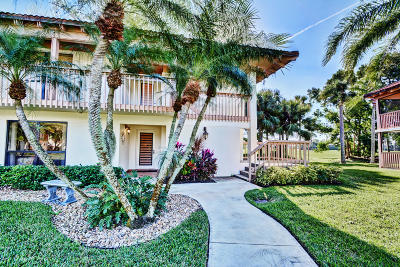 Palm Beach Gardens Condo For Sale: 456 Brackenwood Lane S