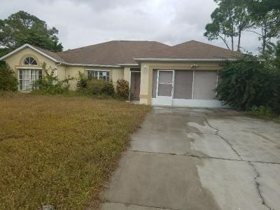 Port Saint Lucie Single Family Home For Sale: 213 SW Ray Avenue