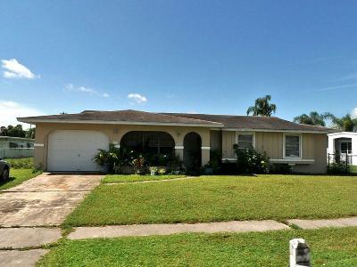 Port Saint Lucie Single Family Home Contingent: 192 NE Tunison Avenue