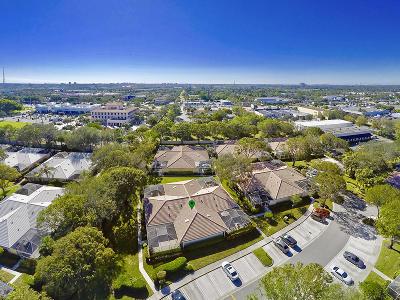 Palm Beach Gardens Townhouse For Sale: 9124 Sun Terrace Circle #D