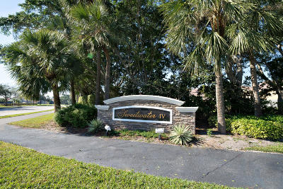 Boca Raton FL Townhouse For Sale: $225,000