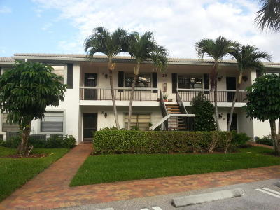 Boynton Beach Condo For Sale: 29 Stratford Lane W #F