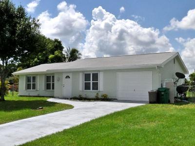 Port Saint Lucie Single Family Home Contingent: 702 SW Bridgeport Drive
