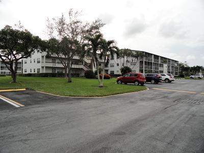 Boca Raton Condo For Sale: 144 Mansfield D