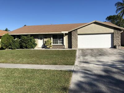 Boynton Beach Single Family Home For Sale: 7068 Glenwood Drive