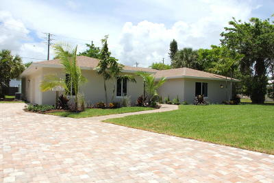 North Palm Beach Single Family Home For Sale: 879 Fathom Road W