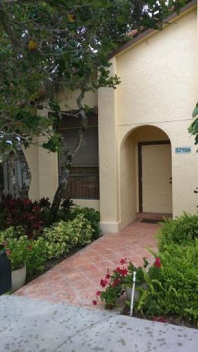 Boca Raton Single Family Home For Sale: 5719 Fox Hollow Drive #A