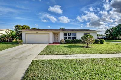 Delray Beach Single Family Home For Sale: 14624 Sunny Waters Lane
