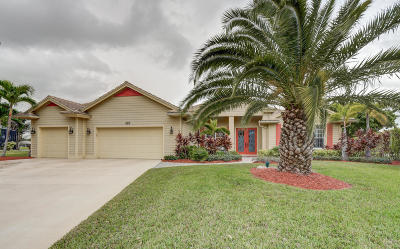 Port Saint Lucie Single Family Home Contingent: 423 SW SWeetwater Trail