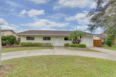 Delray Beach Single Family Home For Sale: 3138 Cardinal Drive