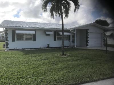 Boynton Beach Single Family Home For Sale: 707 Canal Way