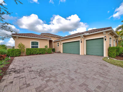 Royal Palm Beach Single Family Home Contingent: 2537 Vicara Court