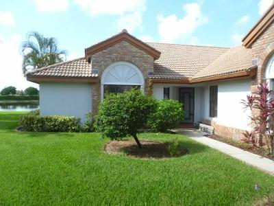 Boynton Beach Single Family Home For Sale: 8129 Mimosa Place