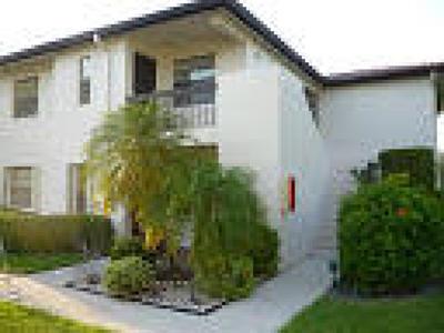 Boca Raton Condo For Sale: 7932 Eastlake Drive #18-G