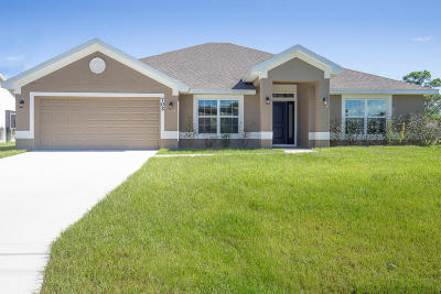 Port Saint Lucie Single Family Home For Sale: 702 SE Walters Terrace