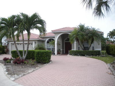 Boynton Beach Single Family Home For Sale: 9399 Aqua Vista Boulevard