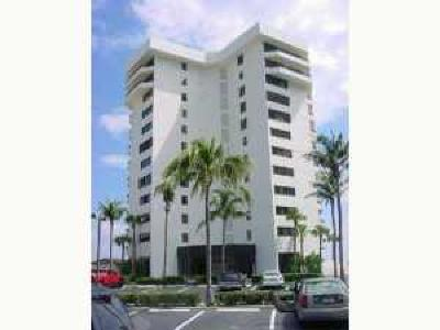 Juno Beach Condo For Sale: 600 Ocean Drive #11a