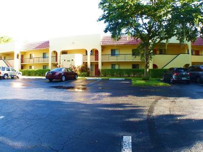 Boca Raton Condo For Sale: 930 SW 9th Street Circle #105