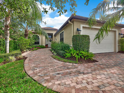 West Palm Beach Single Family Home For Sale: 6590 Sparrow Hawk Drive