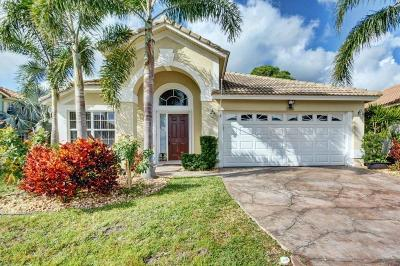 Single Family Home Sold: 136 Cypress Cove