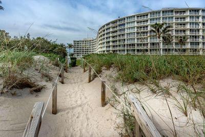 Palm Beach Condo Sold: 2774 S Ocean Boulevard #407