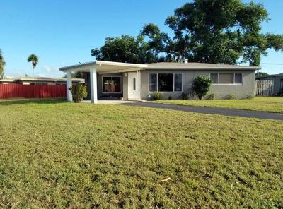 Boca Raton Single Family Home For Sale: 2398 NE 4th Avenue