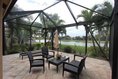 Boynton Beach Single Family Home For Sale: 10803 Carmelcove Circle