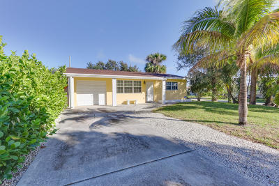 Lantana Single Family Home For Sale: 139 E Central Boulevard