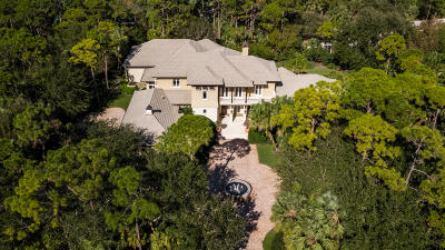 Jupiter Single Family Home For Sale: 110 Bears Club Drive