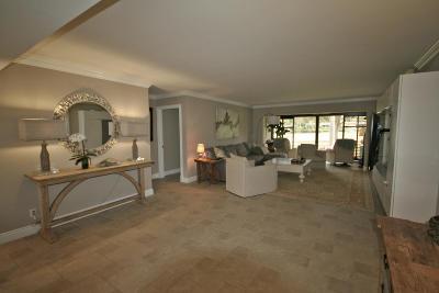 Boynton Beach Condo For Sale: 3944 Quail Ridge Drive #Egret