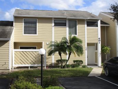 Jupiter Townhouse For Sale: 601 Lakewood Drive #Apt 13b