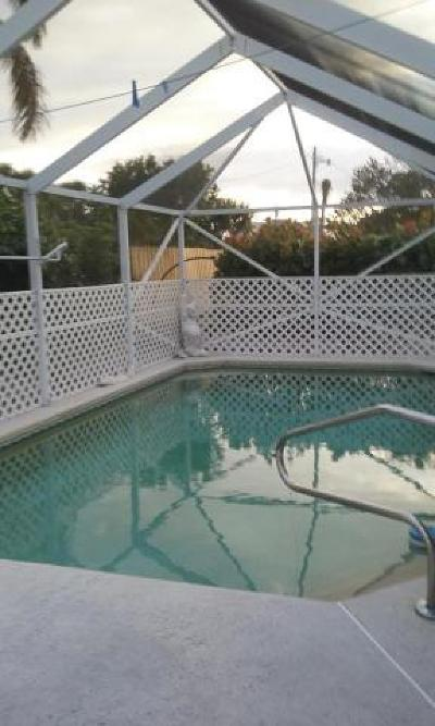 West Palm Beach Single Family Home For Sale: 708 Greenbriar Drive