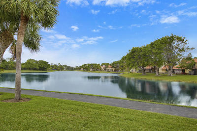 Boca Raton Single Family Home For Sale: 5548 Fox Hollow Drive