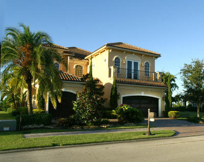Port Saint Lucie Single Family Home For Sale: 166 SE Bella Strano