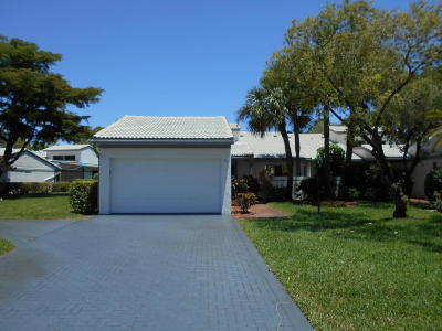 boynton beach Single Family Home For Sale: 98 Cambridge Lane