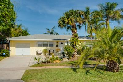 North Palm Beach Single Family Home Contingent: 417 Harbour Road