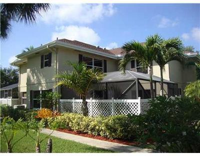Royal Palm Beach Townhouse For Sale: 27 Bedford Ct #A